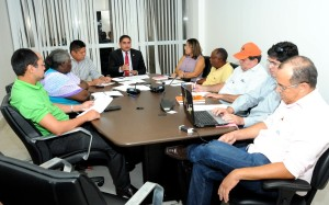 Zé Inácio recebe membros das Centrais Sindicais no gabinete para discutir piso salaria da categoria.