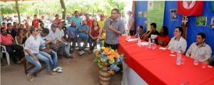 Zé Inácio participa de reunião com ministro Patrus em assentamento Cristina Alves.