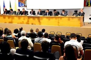 Deputado Zé Inácio (PT) preside audiência pública dos Cartórios.