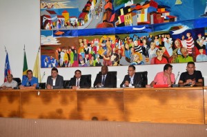 Deputados Zé Inácio realiza audiência pública com finalidade de tratar da questão da segurança pública em postos de atendimento dos correios.